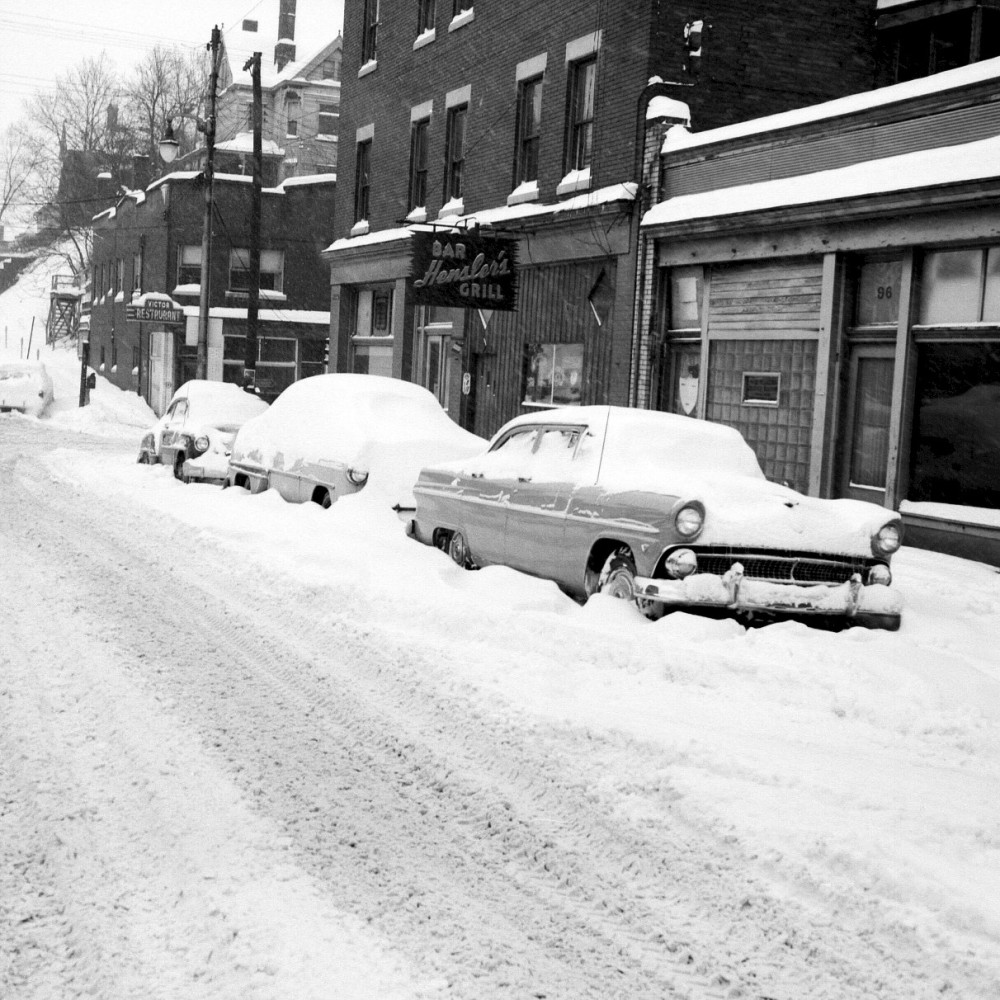 Thanksgiving 1950 - It Snowed and Snowed and Snowed (1/6)