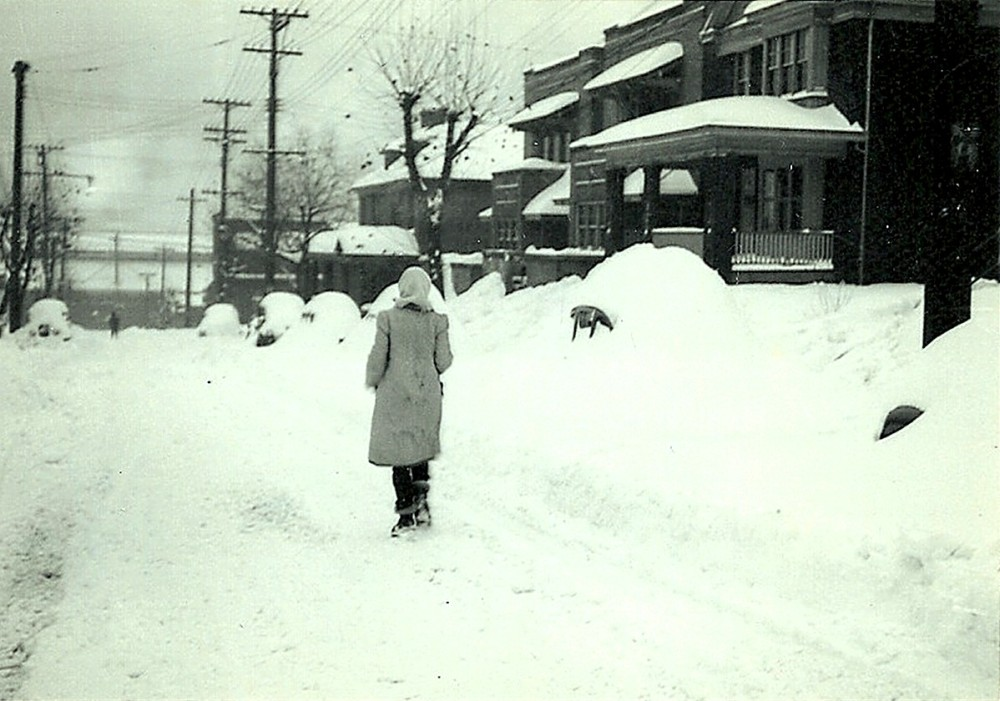 Thanksgiving 1950 - It Snowed and Snowed and Snowed (5/6)
