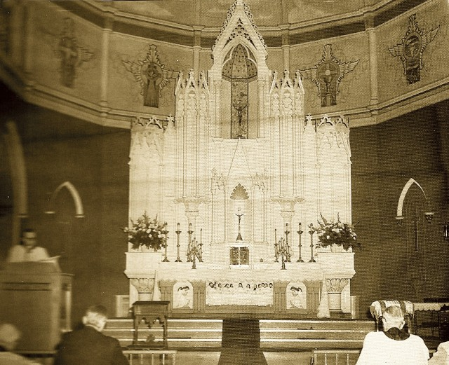 Holy Name Altar